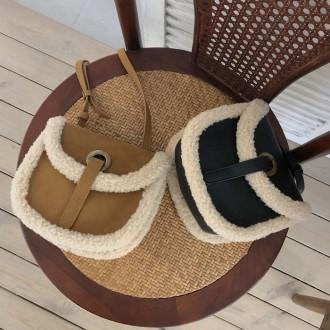 앙뚜아 양털미니크로스 크로스백 가방 백 여자가방