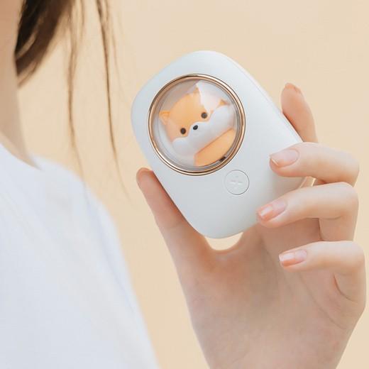 [해외]D 귀여운 디자인 휴대용 넥밴드 선풍기 미니 선풍기 성인어린이 겸용